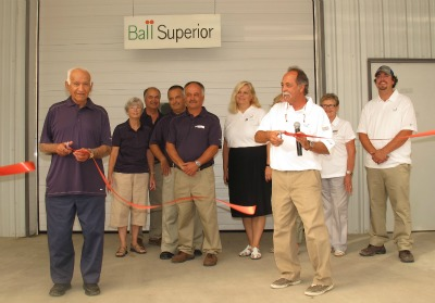 5009_ball_superior_has_moved_into_spacious_new_quarters_at_george_sant_and_sons_greenhouses