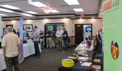 6384_grower_day_tradeshow_one_2014